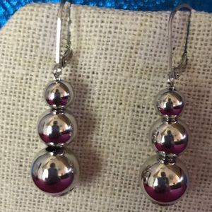 CBC Silvertone Ball Bead Earrings NWT